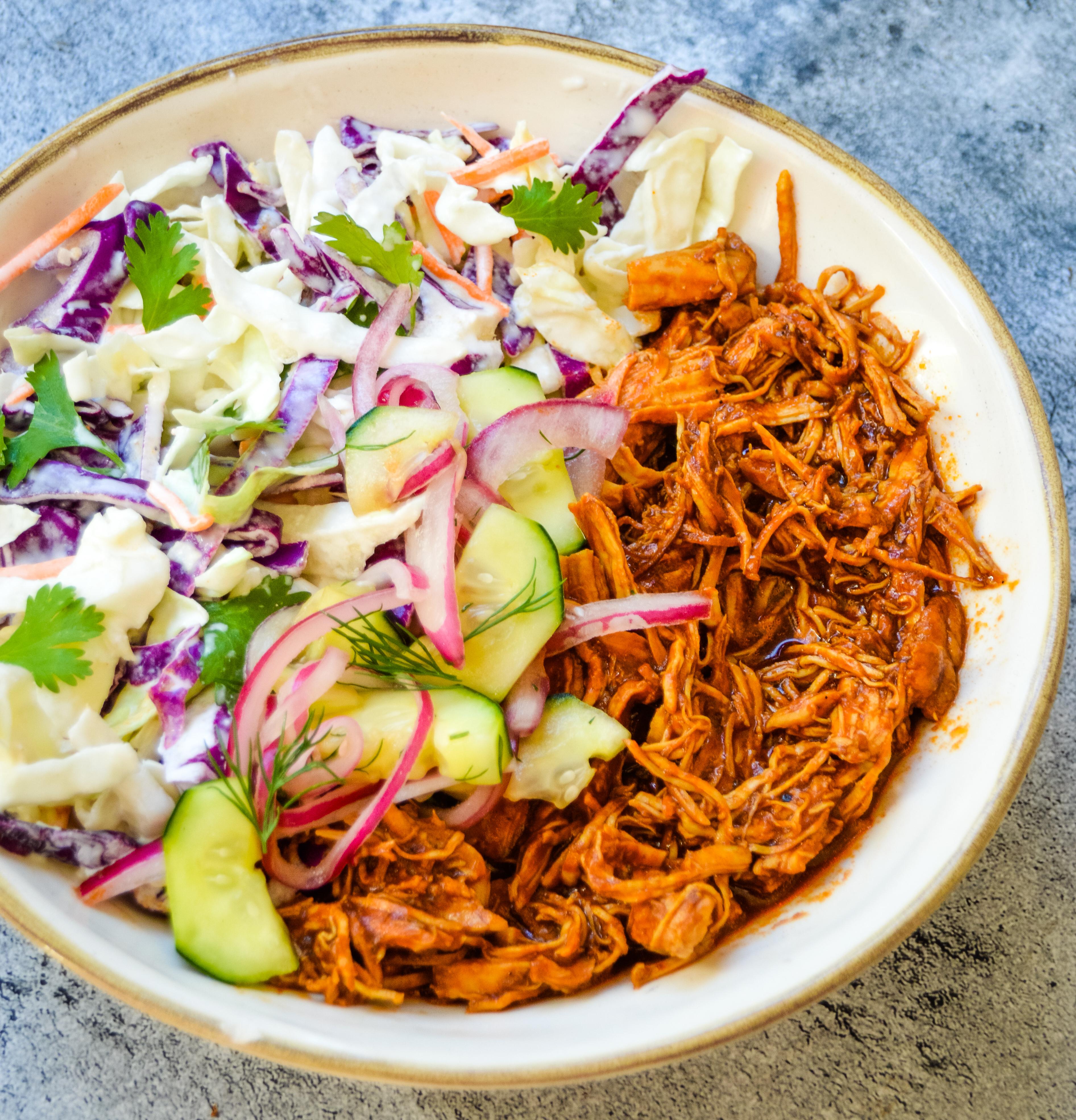 bbq chicken & coleslaw