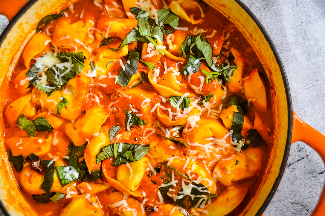 Roasted Red Pepper Tomato and Tortellini Soup